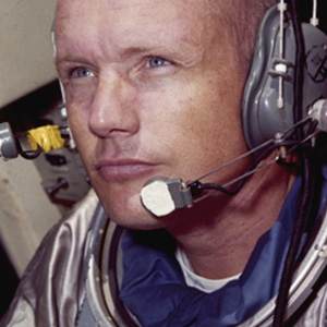 Neil Armstrong bigraphy, stories - An American astronaut, the first earthman who walked on the Moon